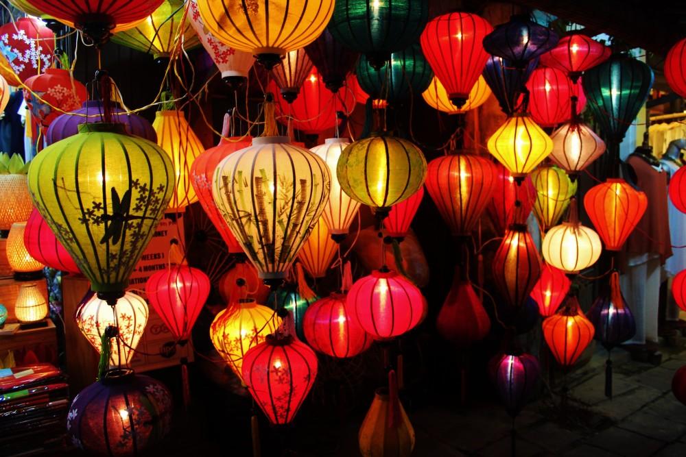 Cost to Travel Vietnam Vietnamese lanterns