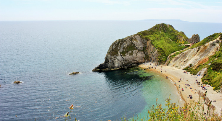 Durdledoor England & The Coastal Path from Lulworth Cove to Durdle Door | Charlie on Travel